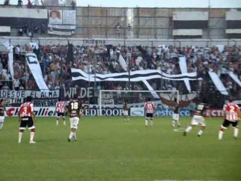 """""""Hinchada de Platense: Vs. Unión - Fecha 26 - Campeonato 2009/2010"""" Barra: La Banda Más Fiel • Club: Atlético Platense"""