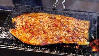 惊人的烹饪技巧!最美味的街头食品的世界! 路邊小吃 - 羊肉串和烤茄子 街头食品 - 看的我好饿!