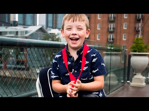 Our Pride of Australia: Seven-year-old  Julian Hohnen receives bravery award