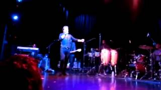 Alfie Boe - Being Alive - Chicago