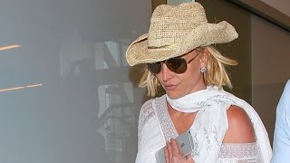 Britney Spears Leaves LA For New York In A Cowboy Hat