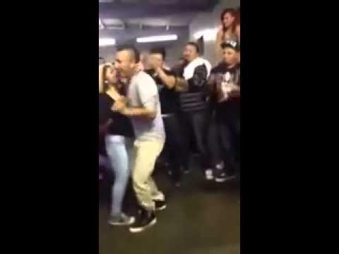 Điệu nhảy điên cuồng của Mexico nè