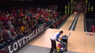 Jason Belmonte tries to bowl as many strikes as he can in 90 seconds