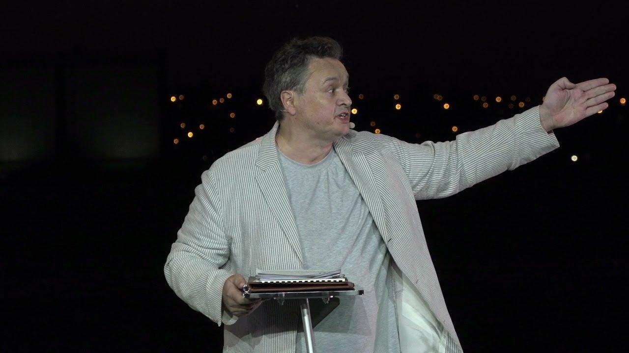 Садыков поспорил в Домбровской