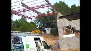 preview picture of video 'Montar una estructura de hierro con los mejores herreros a su servicio'