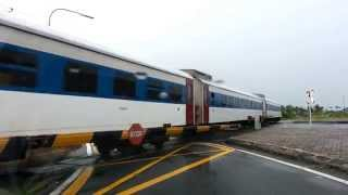 preview picture of video 'Keretapi Di Kota Kinabalu, Sabah.'