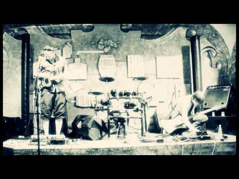 BeBoBul-move to the left (live at Public pub,Chernivtsi,22/06/2011)