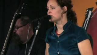"Anne Heaton - ""Blazing Red"" EPK"