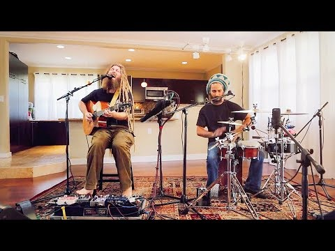 extreme dready talent-Mike Love - Permanent Holiday (HiSessions.com Acoustic Live!)