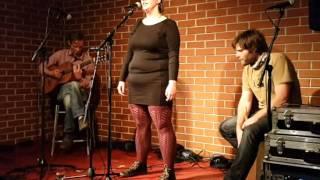 Video Kajča Cork & Snýoe Stranger