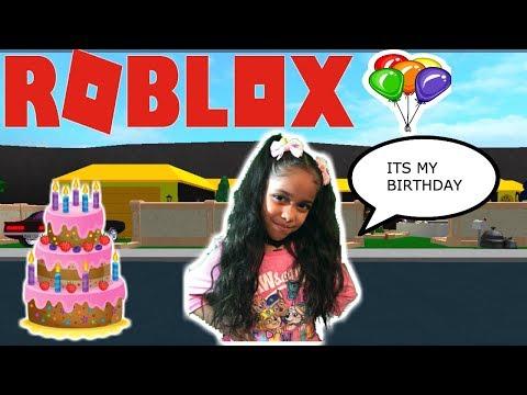 AMAYA BIRTHDAY BASH IN BLOXBURG + FACECAM!!