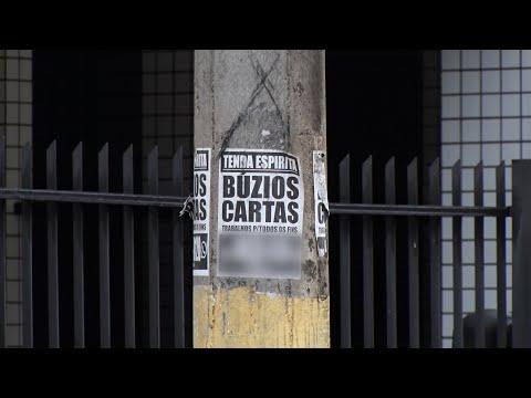 Cartazes com anúncios publicitários tomam conta de Teresópolis