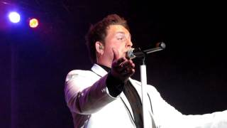 Johnny Reid - A Woman Like You (live) - St. John's, NL