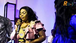 """Aww..Empress Gifty Ardoye shed tears as she won the Artiste of the Year, NGMA """"18"""