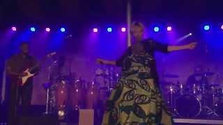 FMBM 2015 - Angélique Kidjo et Betty Bonifassi - Gimme Shelter à Gaspé