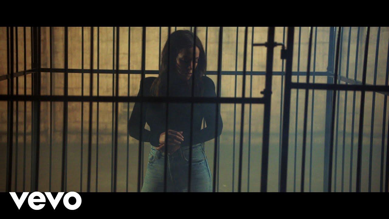 Amel Bent — Dis-moi qui tu es