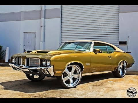 "Monster Customs : Oldsmobile 442 on 22/24"" Wheels"