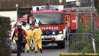 preview picture of video '[E] - Gefahrguteinsatz in Gymnasium Plochingen - [Chemieraum   Bromflasche] - GROSSALARM FEUERWEHR'