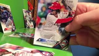 How to play a game with baseball cards