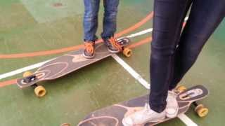 preview picture of video 'Ancenis: initiation au Longboard ( Longboard Girls Crew )'