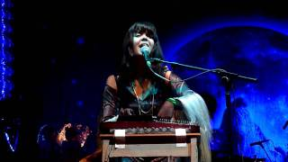 Bat For Lashes-Prescilla Live @ Somerset House 16/7/2009 ( whole song )