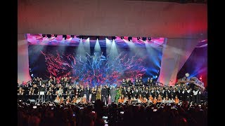 Alvaro and the other headliners of the Italian benefit concert Concerto di Natale bring a wonderful,