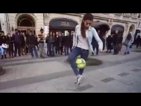 amazing Funny algerian Girl Football freestyle 2016