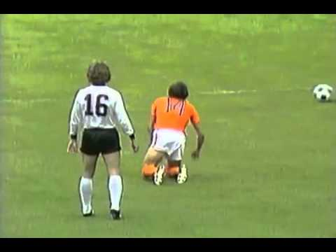 2 – Johan Neeskens: Netherlands v West Germany 1974 – 90 World Cup Minutes In 90 Days