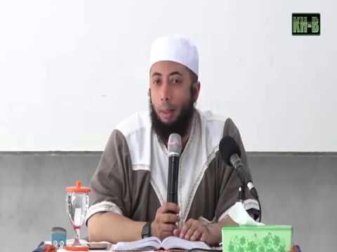 Video Melamar Wanita untuk Dinikahi dalam Islam - Ustadz Khalid Basalamah