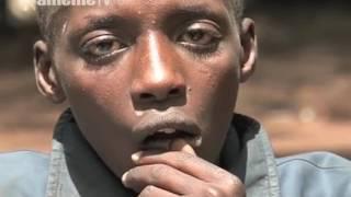 Mauricegucoka barabara-ini cia Nairobi ona thengia ya ngumo nene ya uugi wake