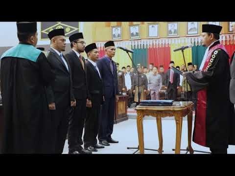 Pengambilan Sumpah/Janji Pimpinan DPRD Kota Pekanbaru.