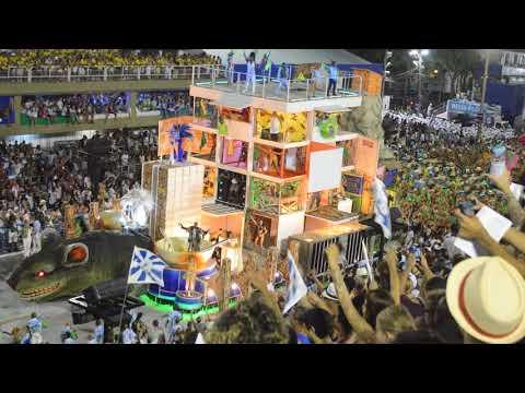 Unas 10 horas de samba