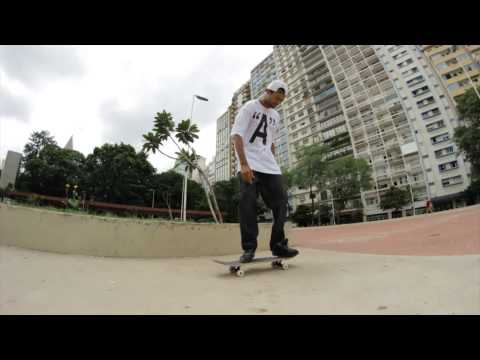 11 Manobras com Mike Dias - Arqa Skateboards