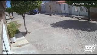 Homem furta moto em Conceição (PB)