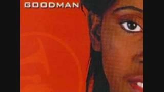 Lilly Goodman Puede Ser