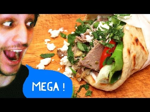 Greek Lamb Pita Sandwich with Easter Leftovers ! Gyros γύρος !