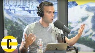 """A hit Trump will holler."" | Pod Save America recording stream"
