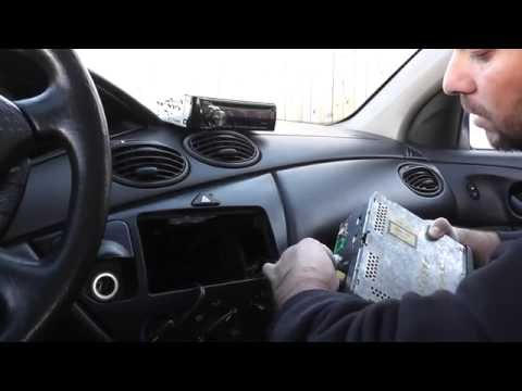 Ford Focus Radio install
