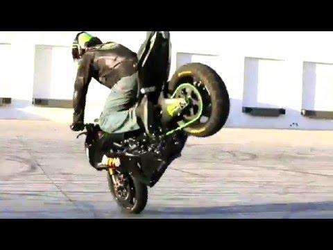 Những màn làm xiếc với môtô tuyệt vời