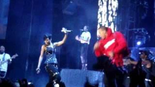 Rihanna & Chris Brown - Umbrella (Perth concert)