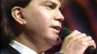 """Jose Luis Rodriguez El Puma Canta, """" Voy A Perder La Cabeza Por Tu Amor"""""""