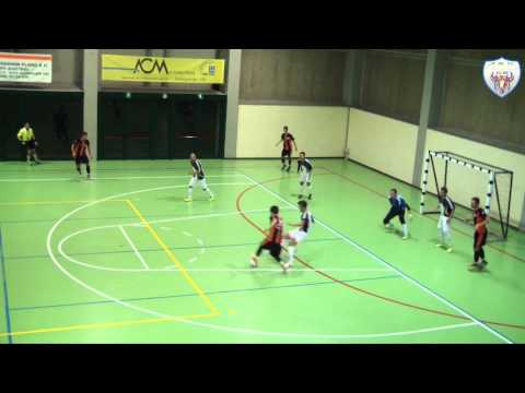 immagine di anteprima del video: 2^ giornata campionato 1^ SQUADRA:MEGGEL C5 - FENICE C5 | 0 - 3 | (0-2 d.p.t.)