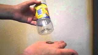 Смотреть онлайн Секрет фокуса как засунуть монетку в бутылку