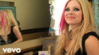 Avril Lavigne - Hot (Behind the Scenes Part 2)