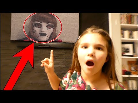 Come Play With Us! The Doll Maker Hacks Our Tv! Escaping The Doll Maker Part 3