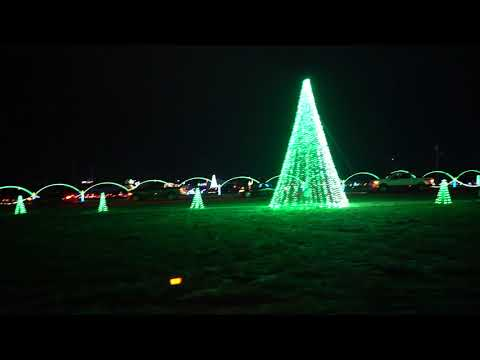 """Shadrack's Christmas Wonderland"" – A Drive-Through Light Show in Butler"