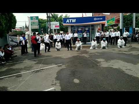 Merdekaaa.... Dirgahayu 72 Indonesia merdeka.... BANK BRI CABANG PAYAKUMBUH