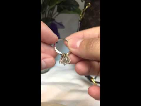 Review 3.87 ct diamond engagement ring Tiffany setting