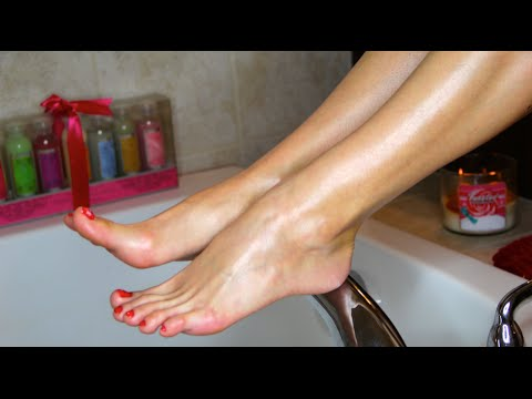 Tutorials: How to nail a pedicure at home