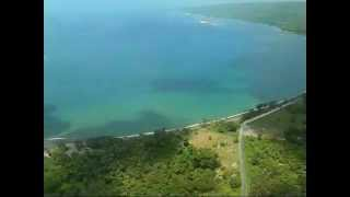 preview picture of video 'A Scenic Flight in VANUATU by Cessna Aircraft No.4 : Landing at Port Vila Airport, Efate Island.'